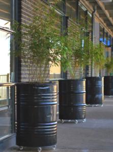 Kantoorinrichting industrieel hergebruik plantenbakken