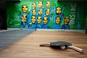 Kantoormeubelen Dordrecht tafeltennis vergadertafel
