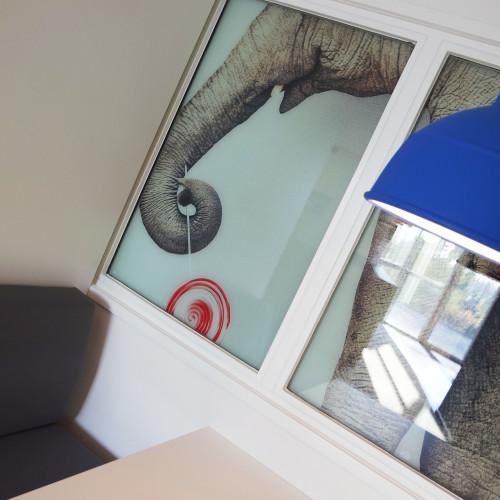Hokra Noordeloos nieuw kantoor inspiratie creatief oranje