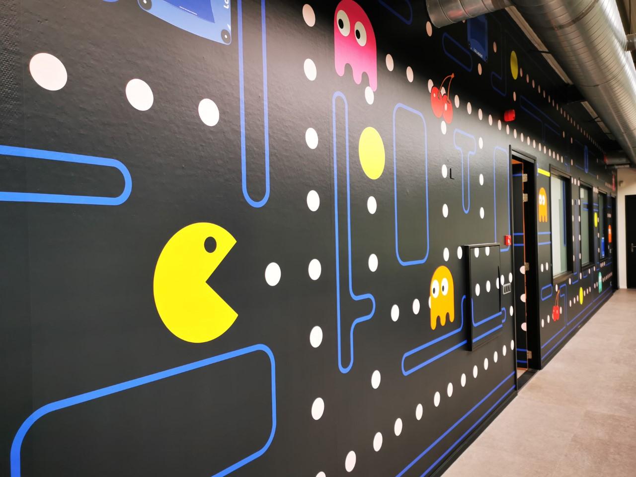 wand visual pacman kantoor idee